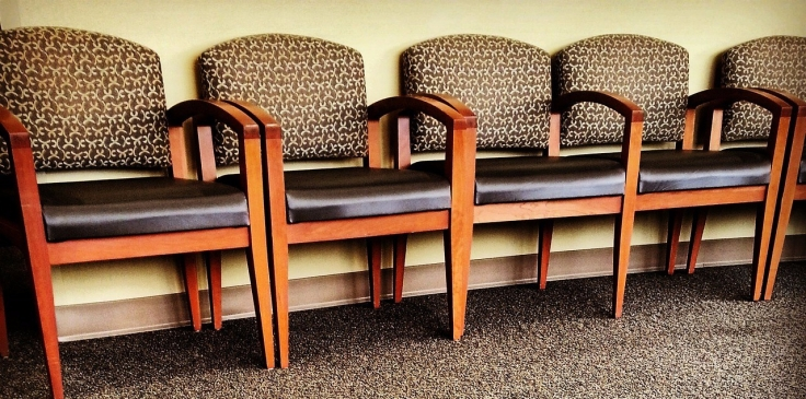 chairs-325709_1280